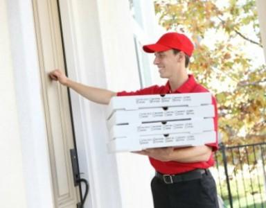 pizzamanden-og-mine-fdder-kvinderudenfilter